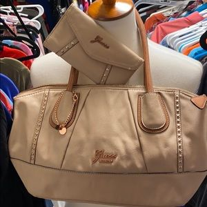 Guess bag with matching wallet!